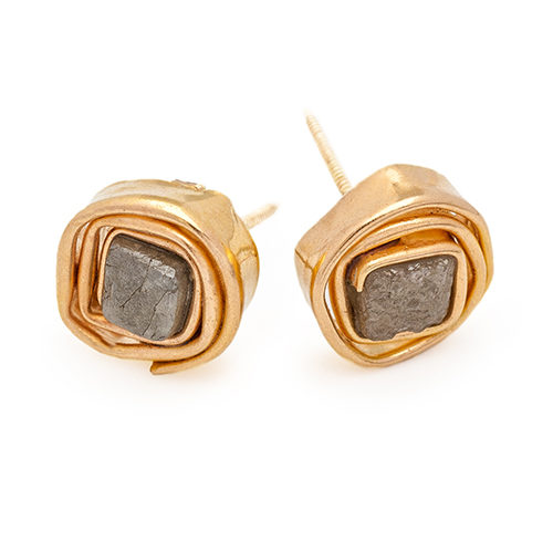 Precious_earrings_w