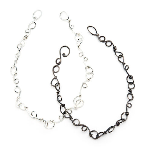 Short Knot Silver Necklace