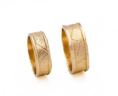Mapleleaf_rings_gold_w