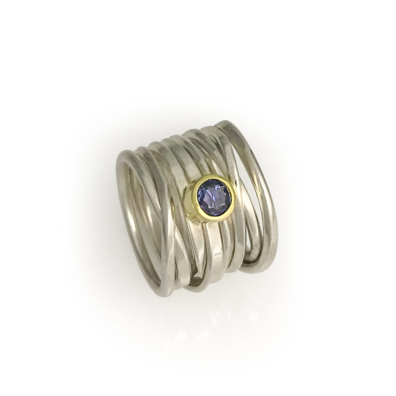 brilliant sapphire chinchar rose diamonds free mg kikai cut ring gold white form in with blue six carat