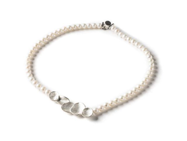 MoonPearl Necklace Pearl Short Dorothee Rosen
