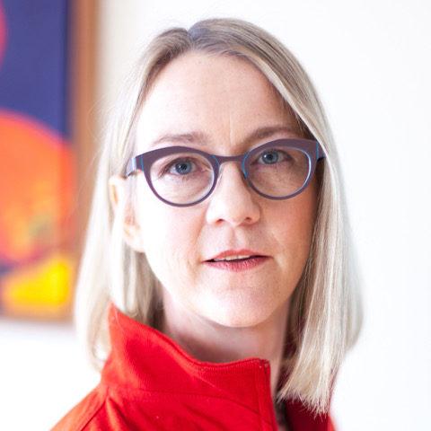 Dorothee Rosen Designer Jeweller Goldsmith and Silversmith Profile
