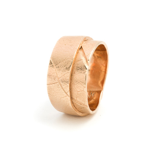 gold ring with maple-leaf texture