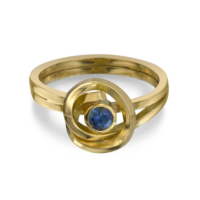 K001 KnotRing 18K with Sapphire