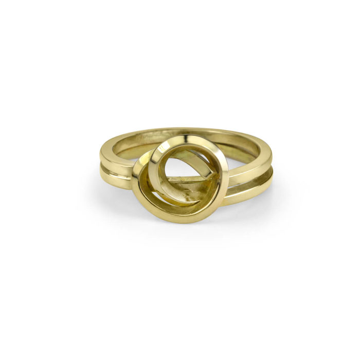 Handmade Knot Ring in 18K Yellow Gold
