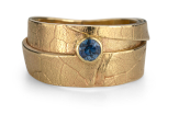 MapleWrap custom gold ring with sapphire