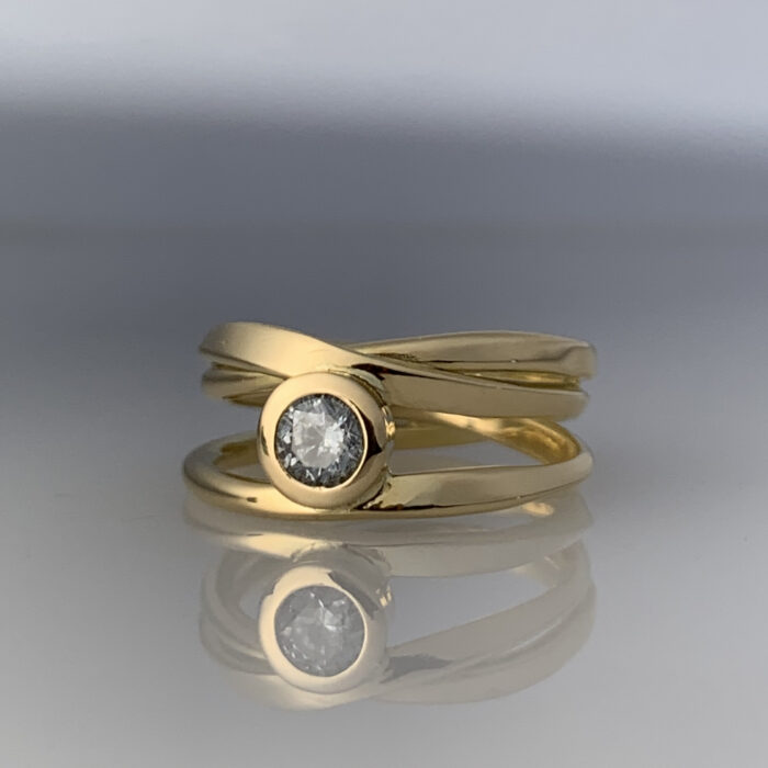 Dorothee-Rosen-One-of-a-Kind Diamond Ring in 18k Yellow Gold #328_OFRG_0.41ct SI1 H_sz 7_4080