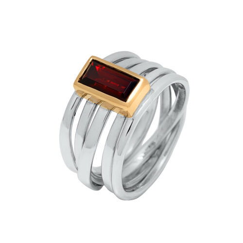sterling ring with baguette cut red garnet in 18k yellow gold