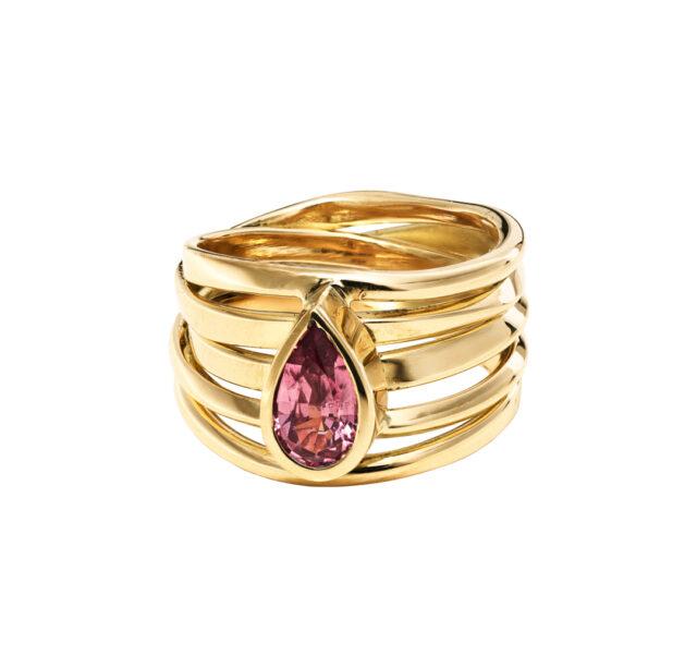 DorotheeRosen_Custom_-pink-spinel-ring