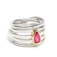 This sterling silver Onefooter ring with pear-shaped spinel set in 18k gold (size 7.5) is one of my favs